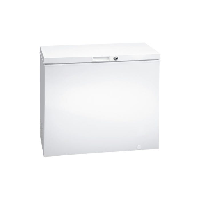 Frigidaire 7.2 Cu. Ft. Chest Freezer in white FFFC07M2UW