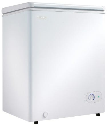 Danby 25 inch 3.8 cu.ft chest freezer in white DCF038A3WDB