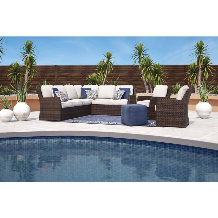 Pleasant Signature Design By Ashley Salceda Sofa Sectional In Brown P451 823 Home Interior And Landscaping Staixmapetitesourisinfo